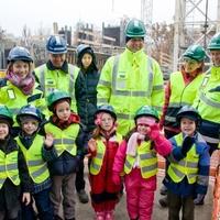 Fokozhatatlan cukiság - ovisok a Skanska irodaház építésénél