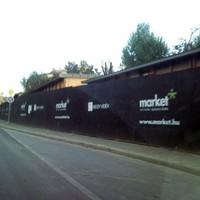 Intenzív vizuális branding az építőiparban – Interjú Scheer Sándorral, a Market zRt. ügyvezetőjével.