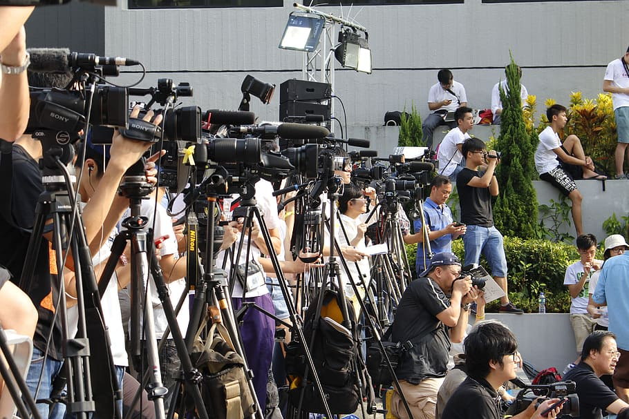 hongkong-media-camera-journalist_1.jpg