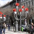A tavaszi fesztivál fémágú fái