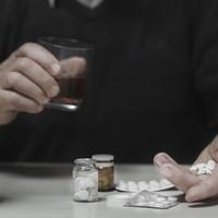 A hat legdurvább alkohol-gyógyszer kombó
