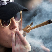 Tíz év alatt 30 százalékkal nőtt a rekreációs drogokat használók száma