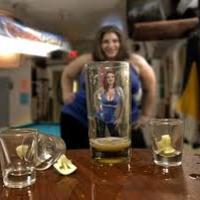 Összefüggés van az alkoholizmus és az elhízás között