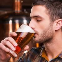 Az alkohol így hat a testsúlyunkra