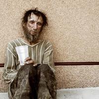 Alkohollal és droggal enyhítik a mélyszegénység kínjait