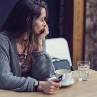 KAPUNYITÁSI PÁNIK – RETTEGÉS A JÖVŐ VÉGTELEN(NEK TŰNŐ) LEHETŐSÉGEITŐL
