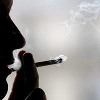 Dohányzás és alkohol : mindkettő rákkeltő!