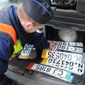 Jönnek a rendszám nélküli autók?