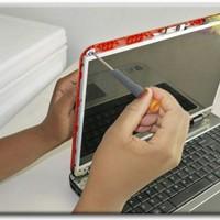 Miért kell szétszedni a laptop kijelzőjét?