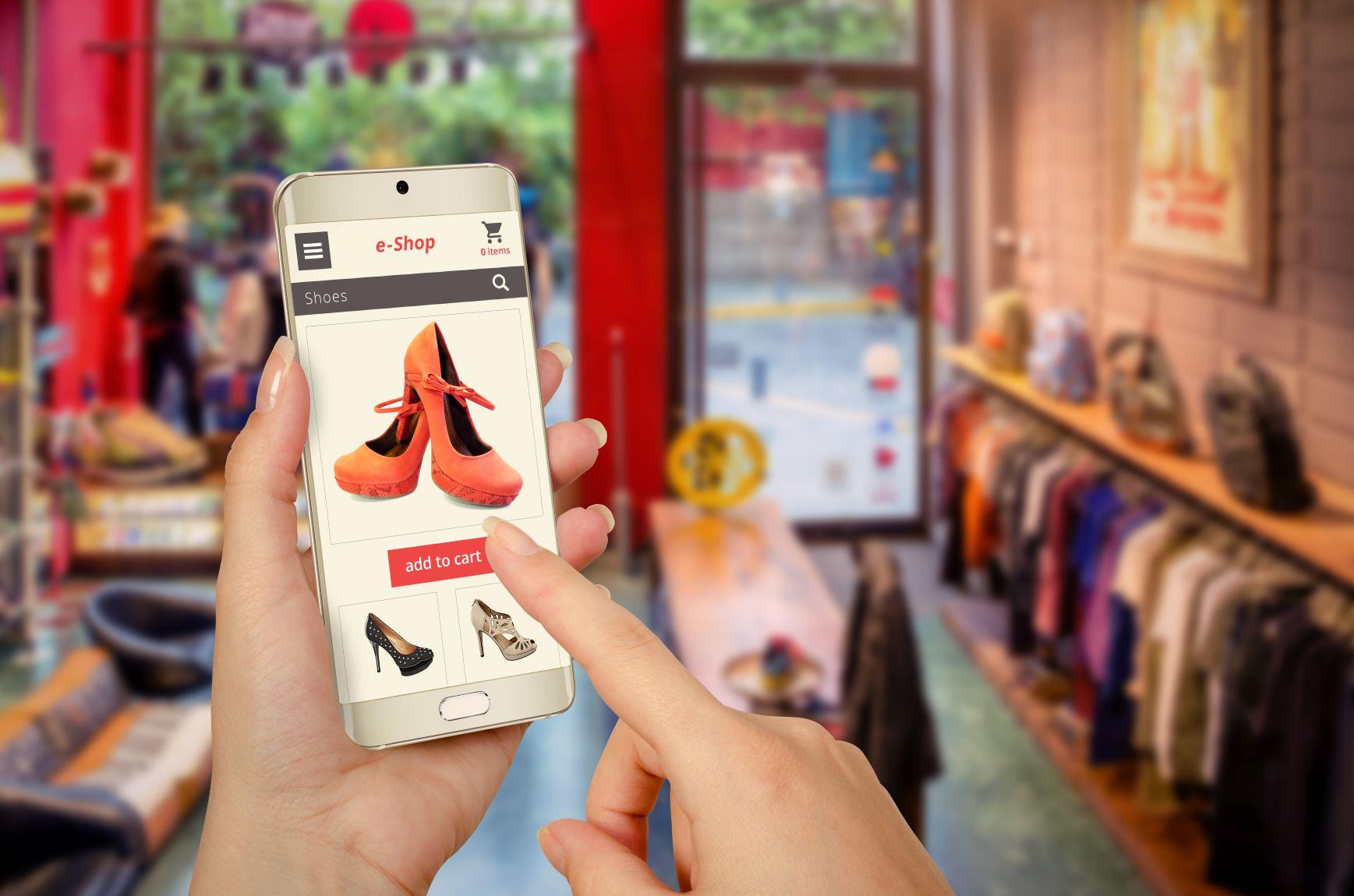 e-kereskedelem_tavertekesites_e-commerce_kisebb.jpg