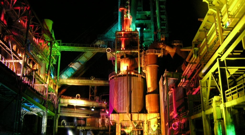 gyár2.jpg