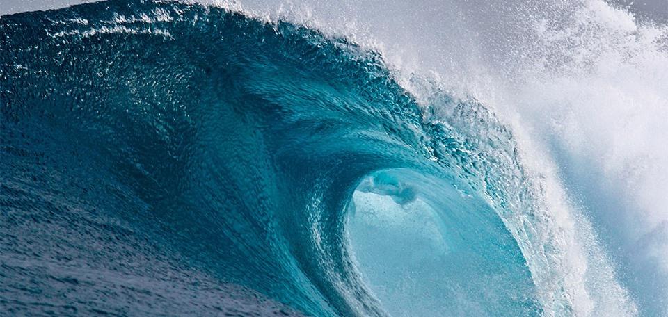 large_breaking_wave.jpg