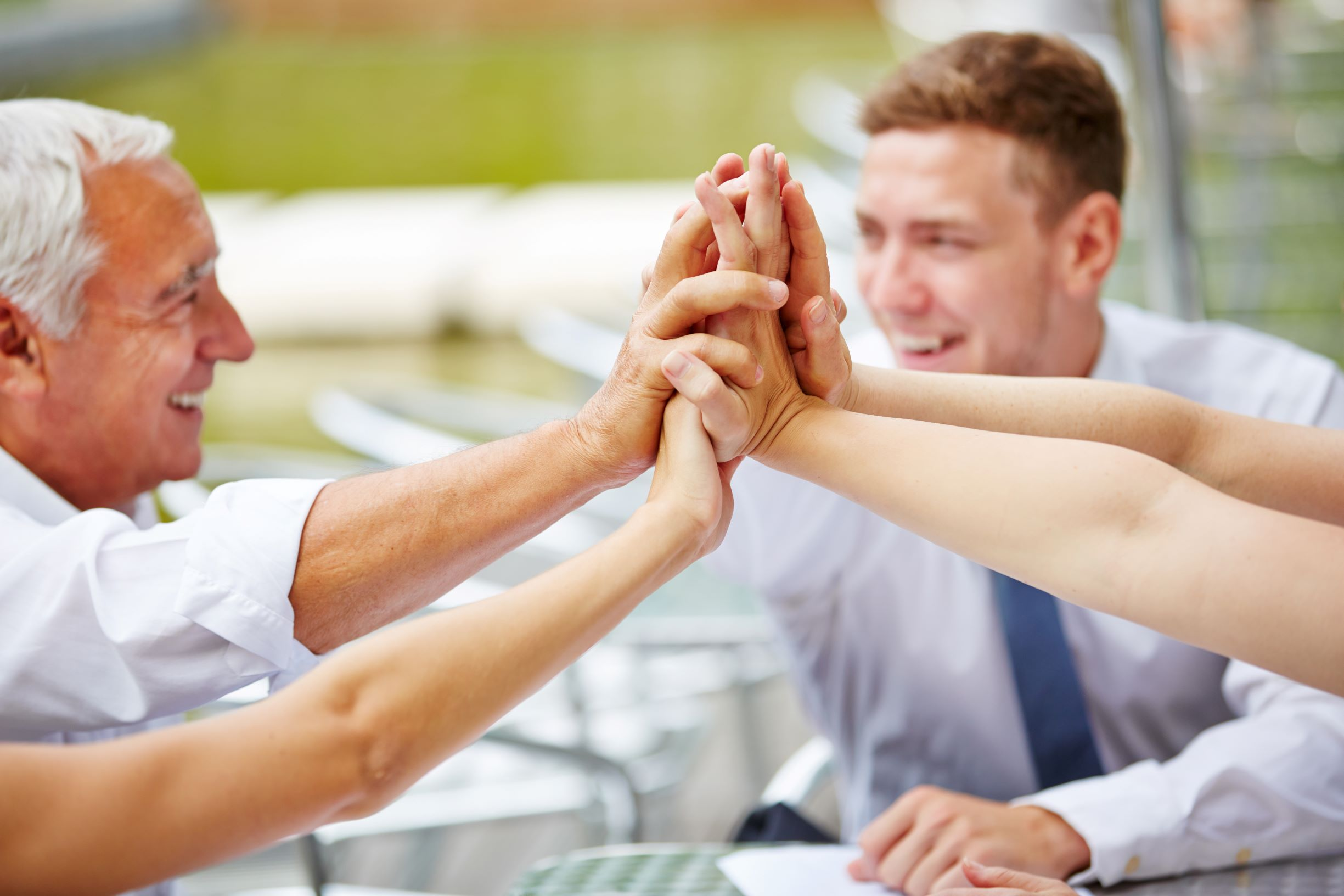 teambuilding_csapatepites_munkahely_tamogatas_kisebb.jpg