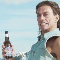 Van Damme szexi lánya ügyesebben spárgázik, mint a fater