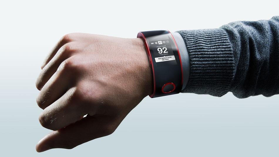 Nissan-Nismo-Watch-on-Wrist-gradient.jpg