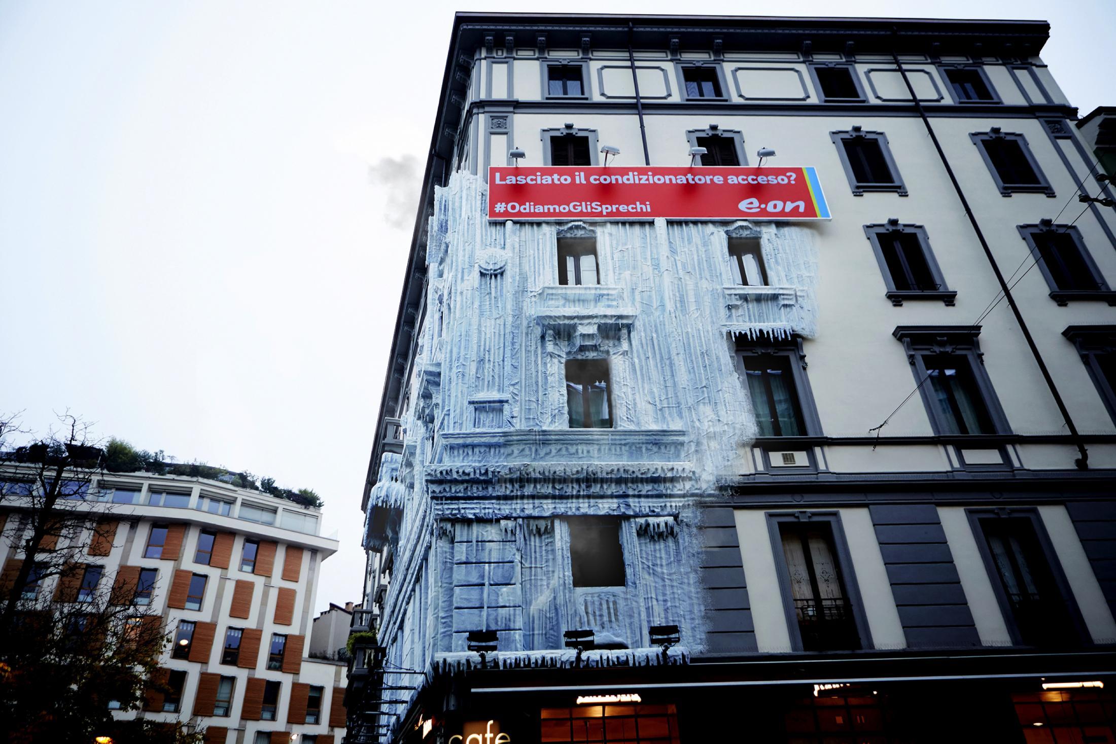 aotw1-palazzo-ghiacciato-e_on-mcsaatchi-13dicembre2016.jpg