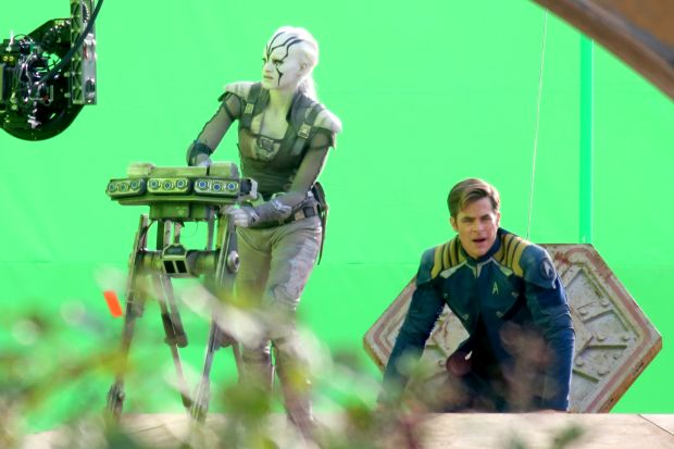star_trek_beyond_03_b.jpg
