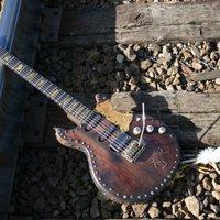 Western gitár Joe Perry-től