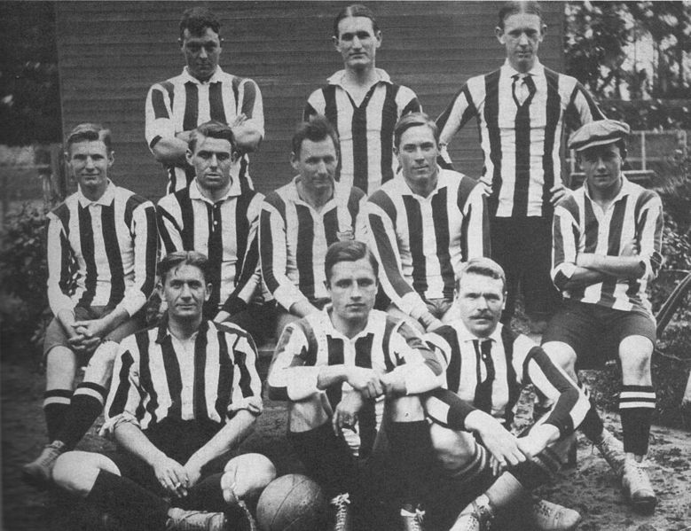 alumni_athletic_club_in_1910.jpg