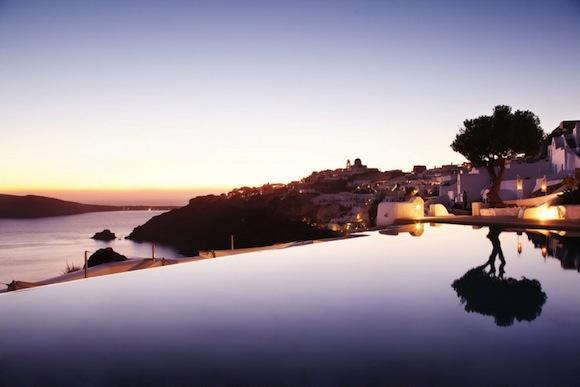 Kirini-Suites-Spa-Luxury-Hotel-Oia-Santorini-Cyclades-Greece-028.jpg