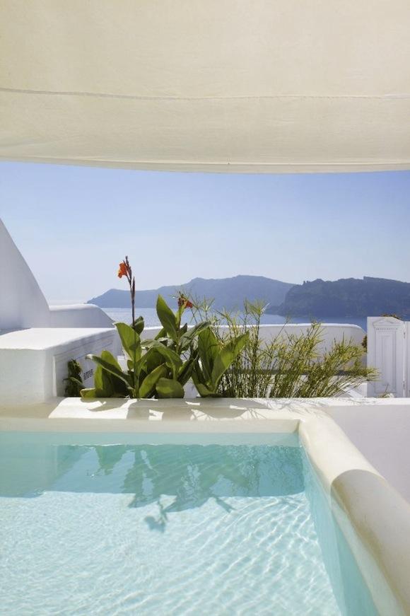 Kirini-Suites-Spa-Luxury-Hotel-Oia-Santorini-Cyclades-Greece-05-682x1024.jpg