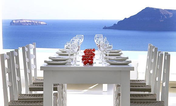 Kirini-Suites-Spa-Luxury-Hotel-Oia-Santorini-Cyclades-Greece-07.jpg