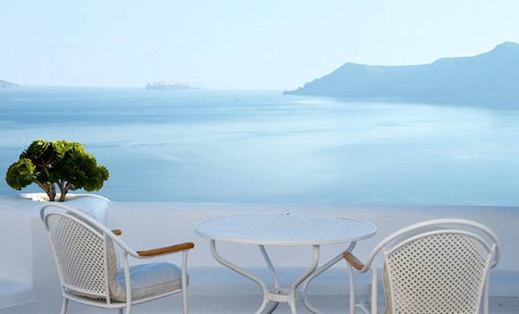 Kirini-Suites-Spa-Luxury-Hotel-Oia-Santorini-Cyclades-Greece-11.jpg