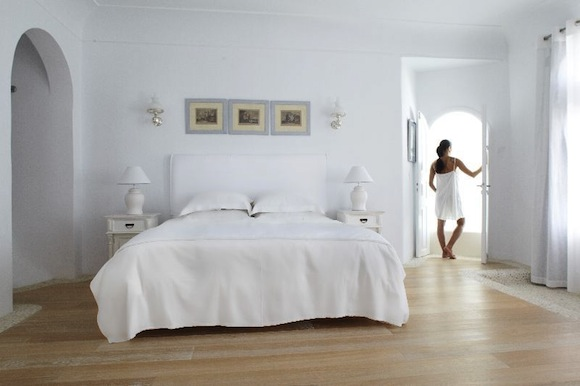 Kirini-Suites-Spa-Luxury-Hotel-Oia-Santorini-Cyclades-Greece-13.jpg