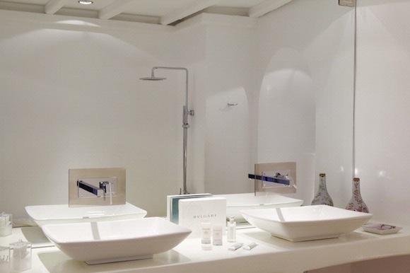 Kirini-Suites-Spa-Luxury-Hotel-Oia-Santorini-Cyclades-Greece-17.jpg