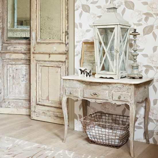 french-style-decorating-walls.jpg