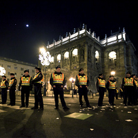 Hisztéria tüntetés előtt