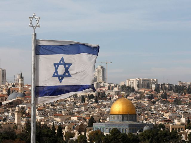 Dávid-csillag Jeruzsálem fölött