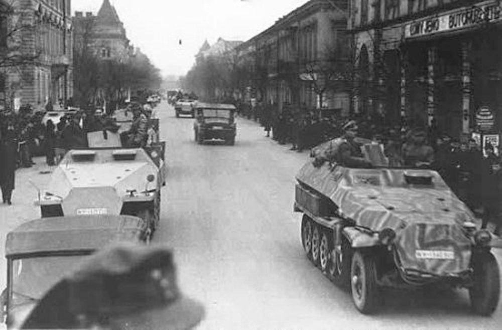 nemetek-bevonulasa-gyorbe-1944-01.jpg