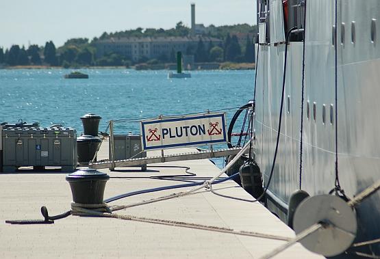 pluton-02.jpg