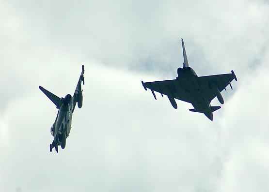 typhoon-02.jpg