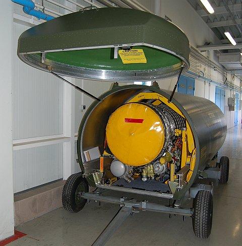 hangar-02.jpg
