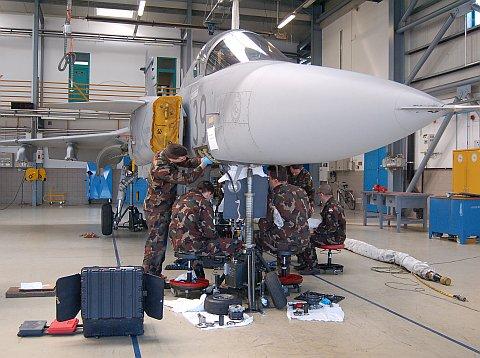 hangar-11.jpg