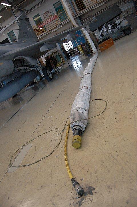 hangar-12.jpg