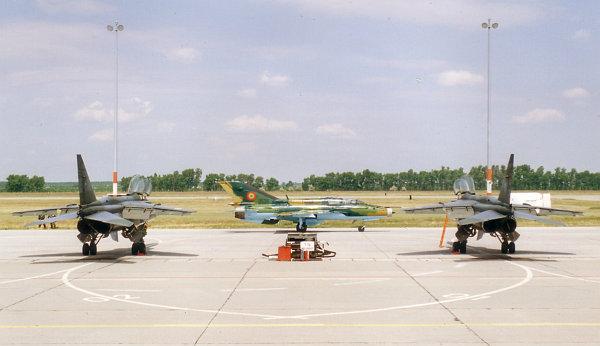 2000-05-37.jpg