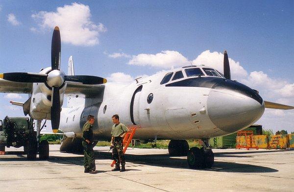 an26-eje-2001-09-02.jpg