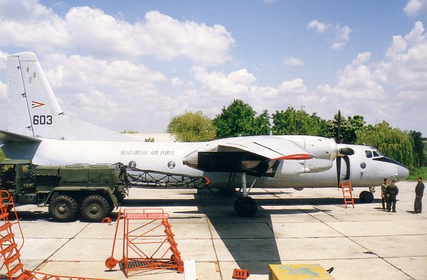an26-eje-2001-09-03.jpg