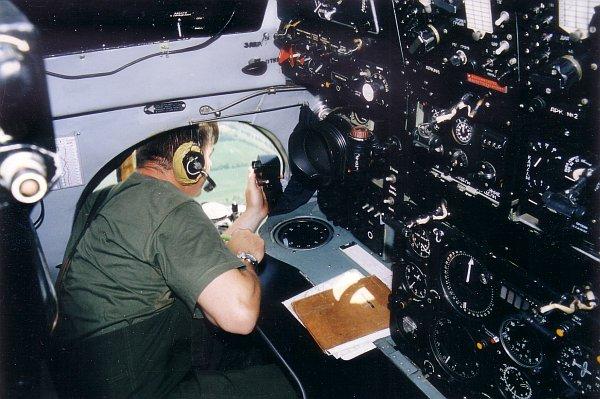 an26-eje-2001-09-04.jpg