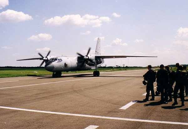 an26-eje-2001-18.jpg