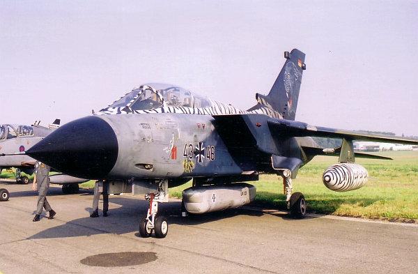 ciaf-2002-11.jpg