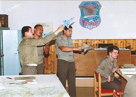 Randevú katonai pilóták