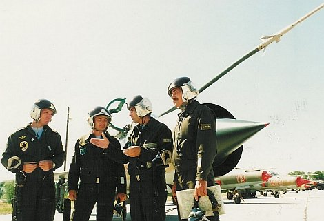randevú katonai pilóták társkereső oldalak cape város