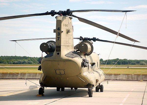 army_ch47_04.jpg
