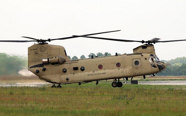 army_ch47_06.jpg