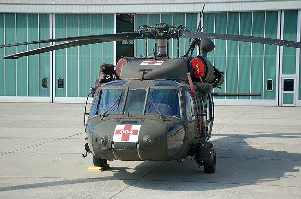 army_uh60_02.jpg