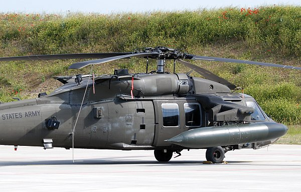 army_uh60_05.jpg